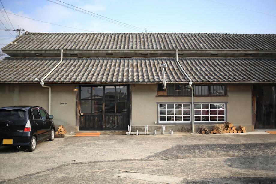 東彼杵町リノベーション倉庫「Sorriso riso」 | Ohesojournal(オヘソ ...